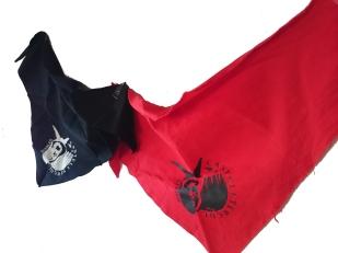 Mocadors. En negre i vermell (7€)